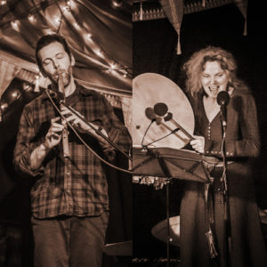 Nigel Shaw & Carolyn Hillyer - live music